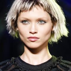 La coupe punk, la coiffure tendance par Marc Jacobs