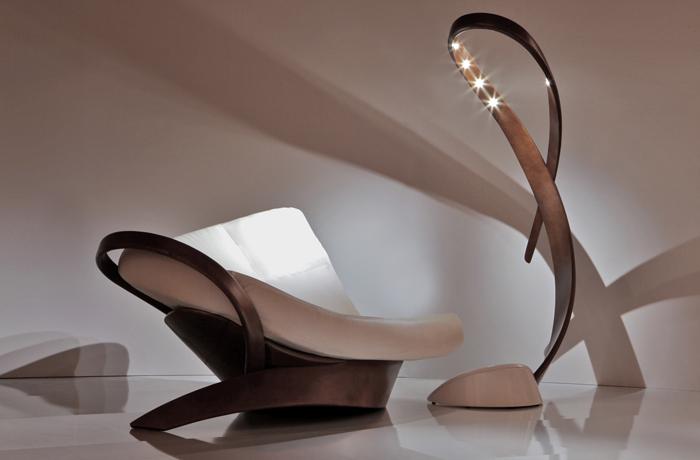 Lampadaire et fauteuil meuble design