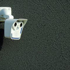 Comment protéger sa maison des cambriolages pendant les vacances ?